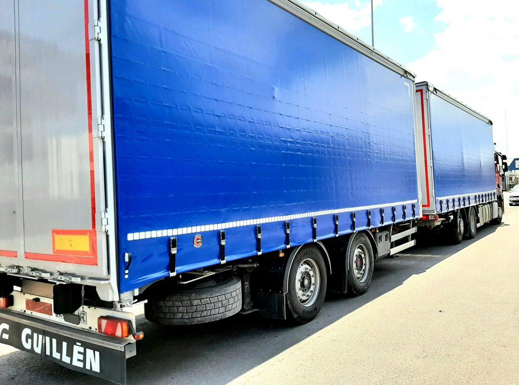 Lona lateral para camión y remolque con malla anti-robo